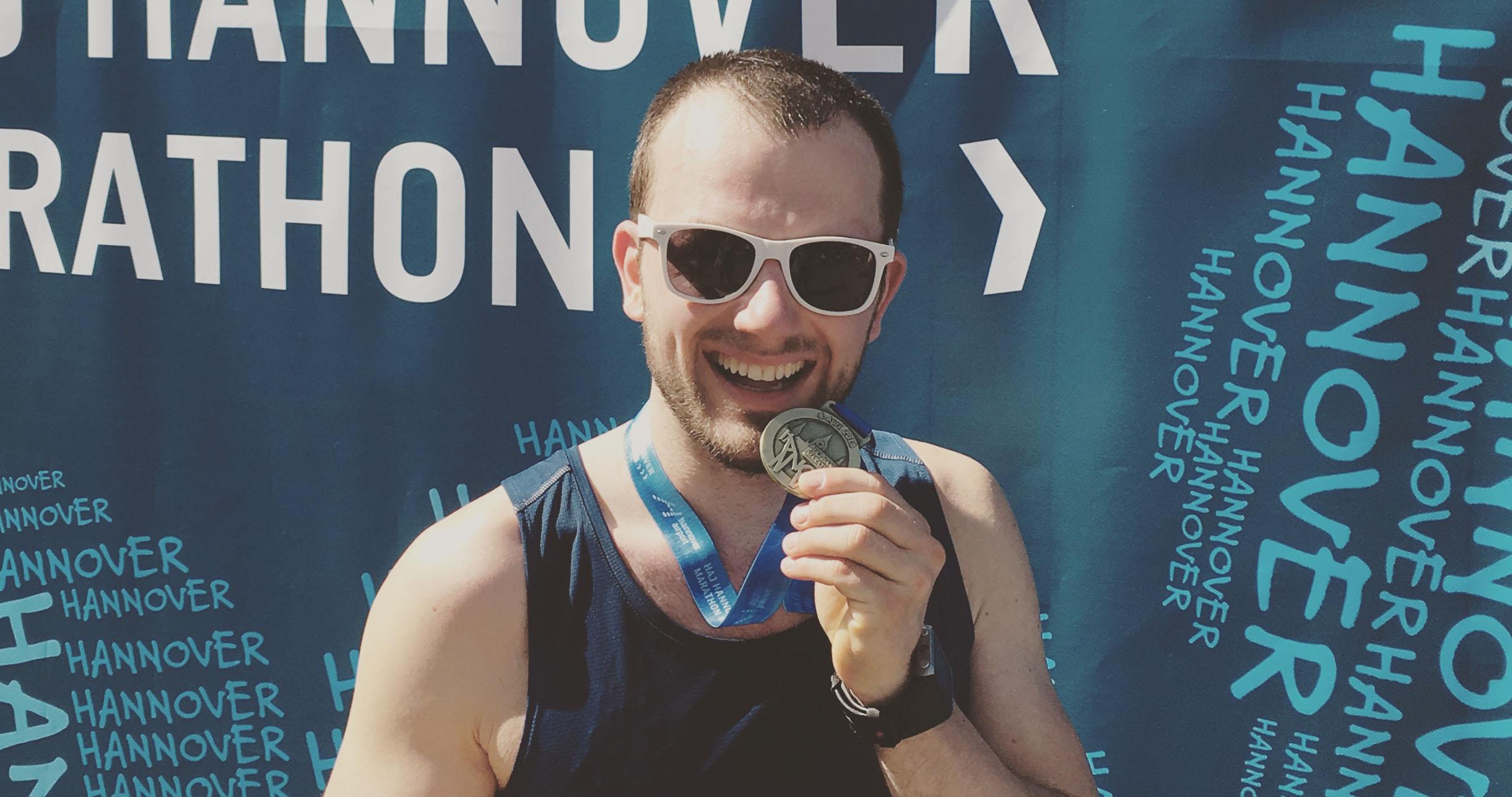 Portrait von Malte Hempel beim 28. Hannover Marathon